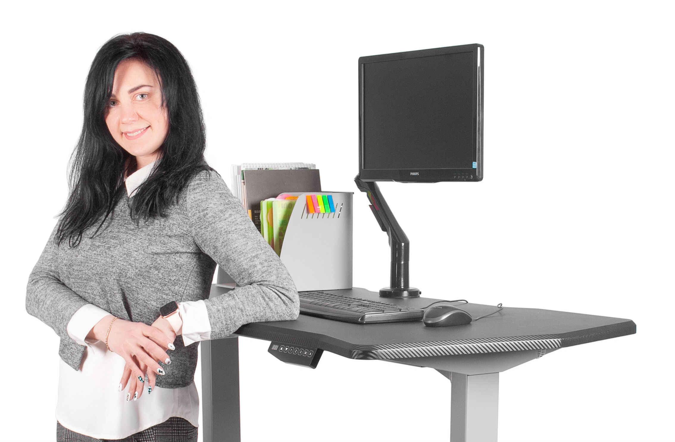 компьютер и стул