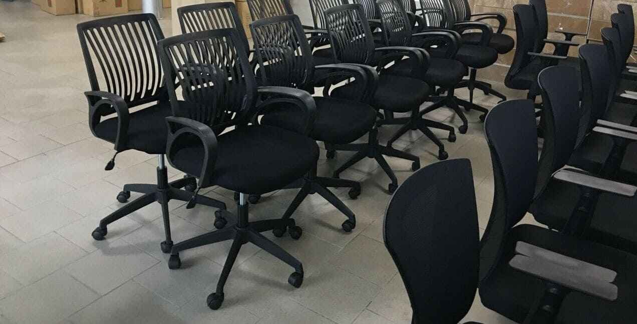 купить стулья из пластика