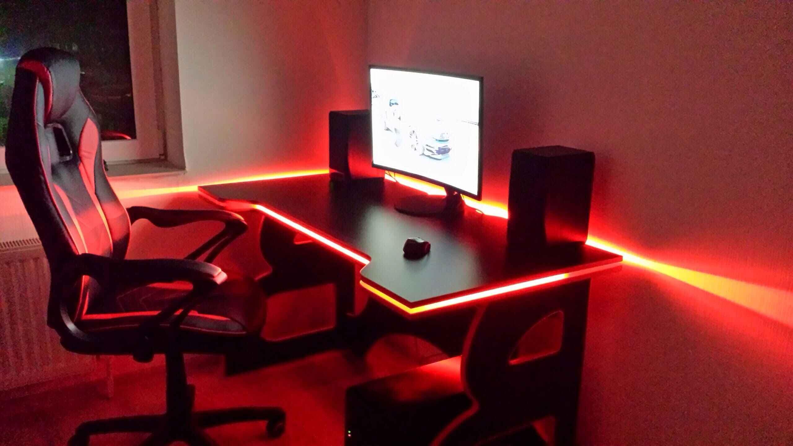 сколько стоит геймерский стол