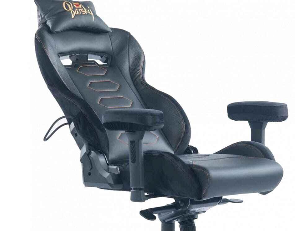 кресло замшевое мягкое
